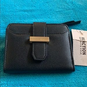 Reaction Kenneth Cole wallet. NWT